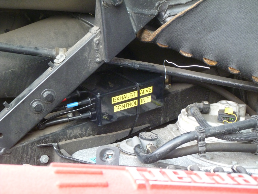 p1050932 ferrari 360 & f430 exhaust valve control unit aldous voice ferrari f430 fuse box location at creativeand.co